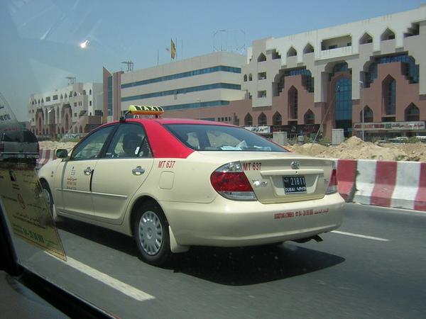 杜拜taxi.jpg