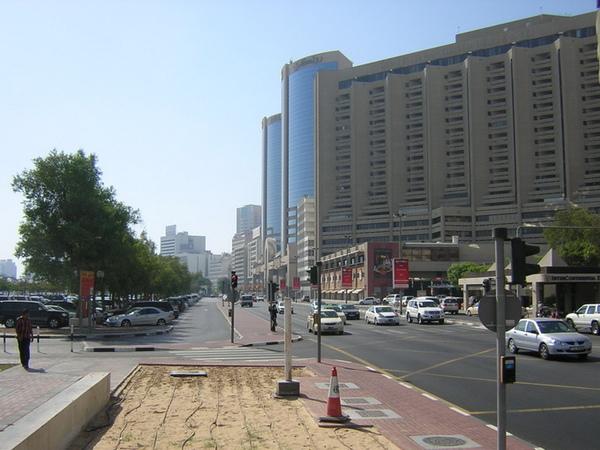 杜拜街景2.jpg