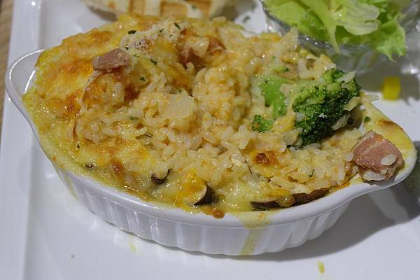 奶油培根焗烤飯2.JPG