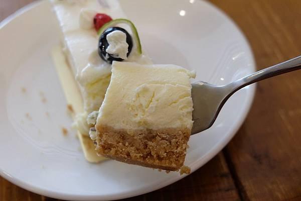 經典乳酪蛋糕 (3).JPG