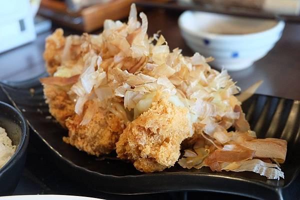 熟成黃金章魚燒豬排 (4).JPG