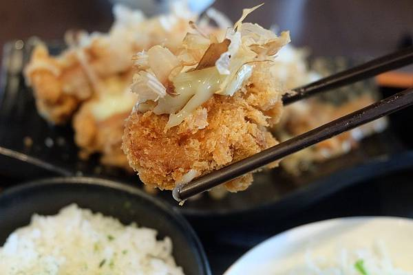 熟成黃金章魚燒豬排 (5).JPG