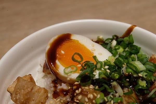 叉燒丼飯 (4).JPG