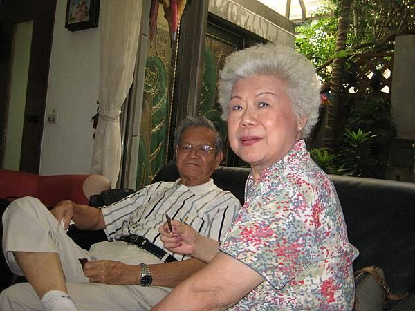 陳弟兄與陳師母
