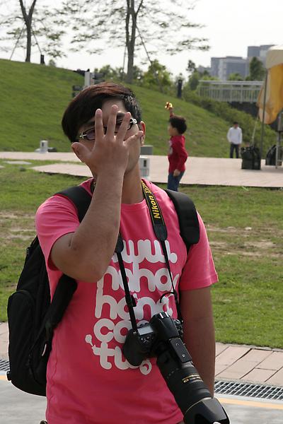 害羞的攝影師阿正同學