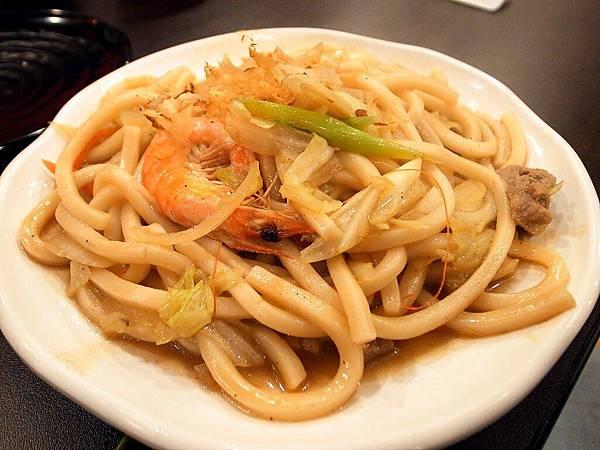 蘆洲炒烏龍麵