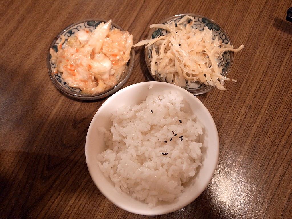 白飯泡菜牛蒡絲