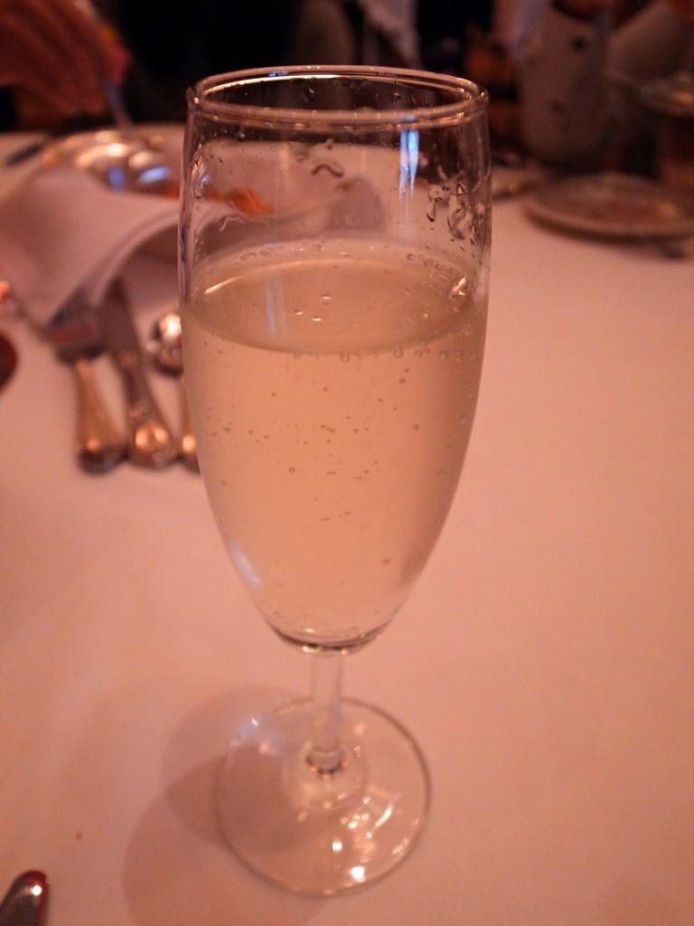 勞瑞斯 餐前酒