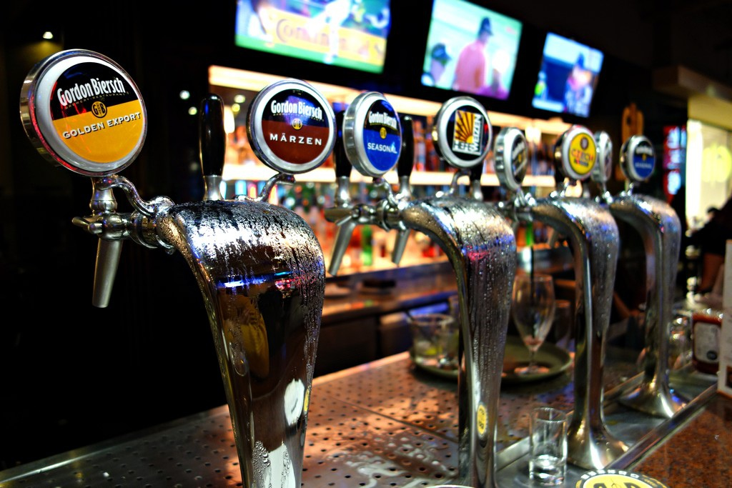 GB啤酒吧台
