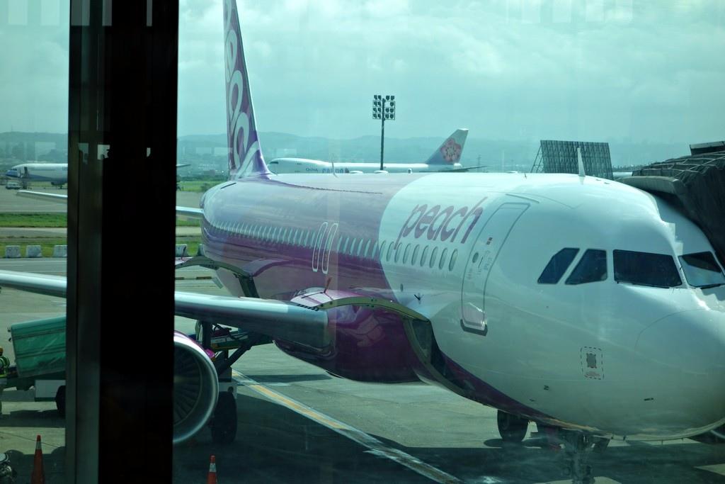 飛機小小一台