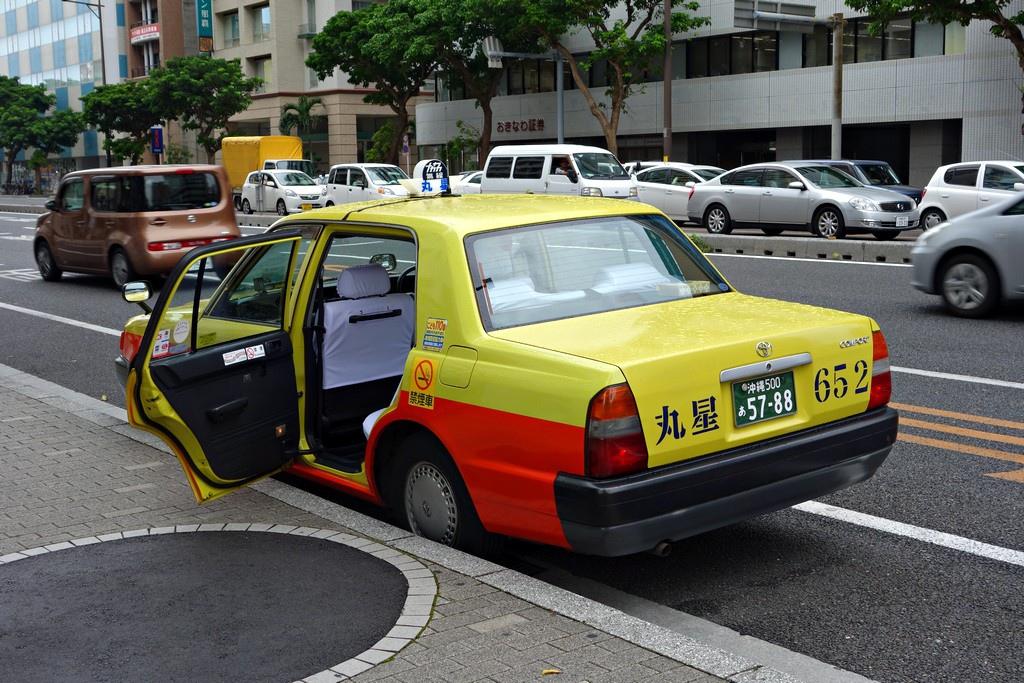 傳說中門會自動開的計程車