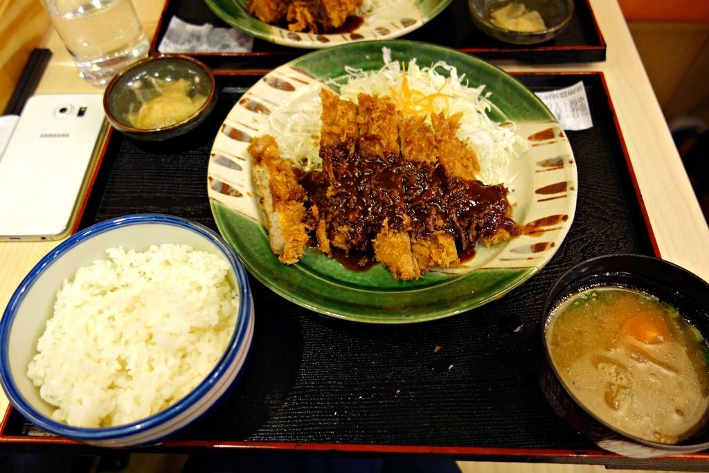 味噌豬排定食