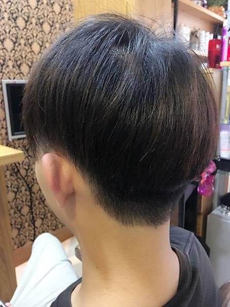 剪髮後造型