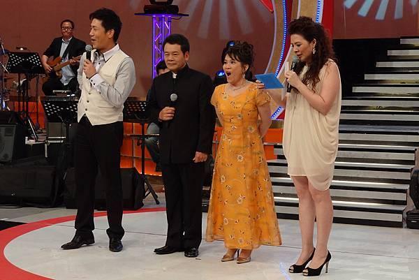 公布冠軍得主時,吳權芸驚訝的表情(客家電視台提供)