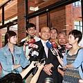 蘇貞昌前院常接受媒體訪問.jpg