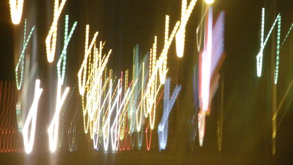 搖晃的路燈和街燈-.-