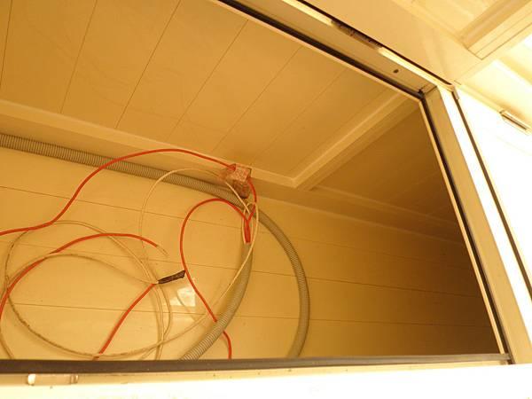 儲物櫃空間結構堅固