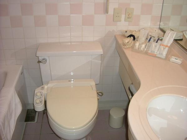飯店房間廁所