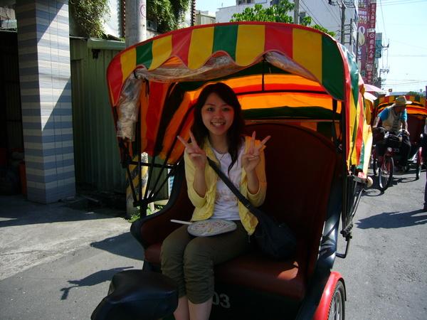 坐三輪車逛鹿港小鎮