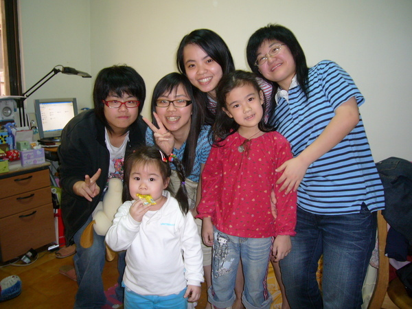 媽咪、陳媽媽、姨婆帶的小孩大集合