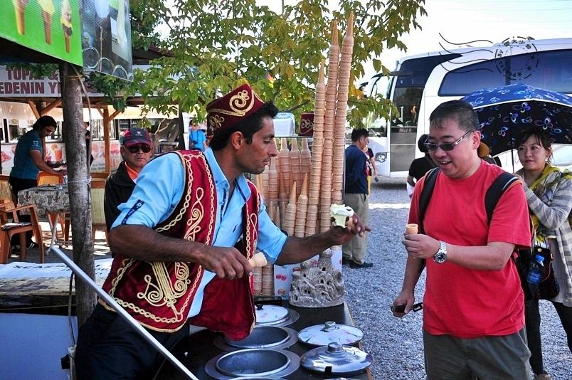 卡帕多奇亞蘑菇谷冰淇淋攤販