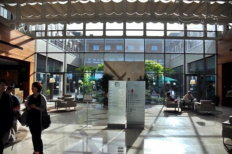 梅夫拉納博物館周遭