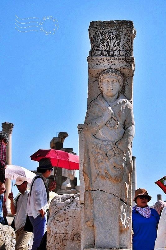 艾菲索斯古城:赫丘力斯之門