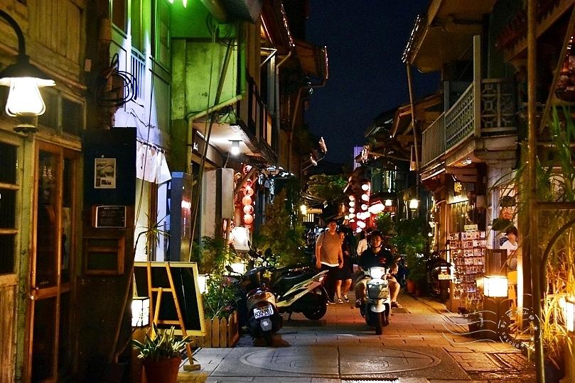 台南神農街