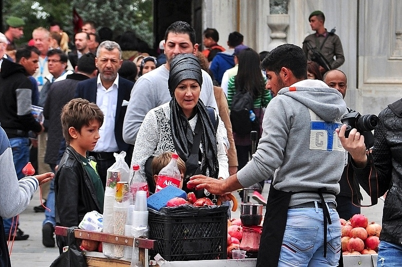 伊斯坦堡托普卡匹皇宮正門攤販