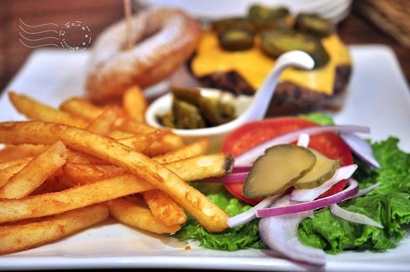 Hater Cafe:墨西哥辣味漢堡附餐