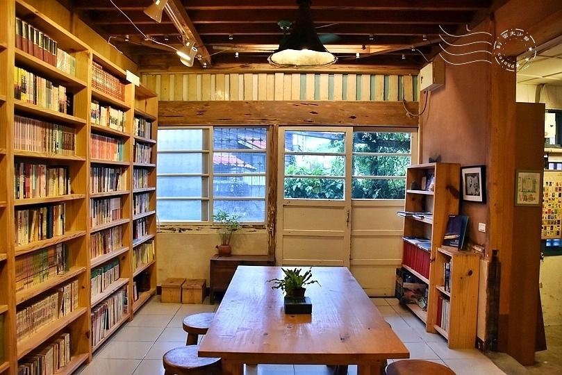 花蓮時光二手書屋