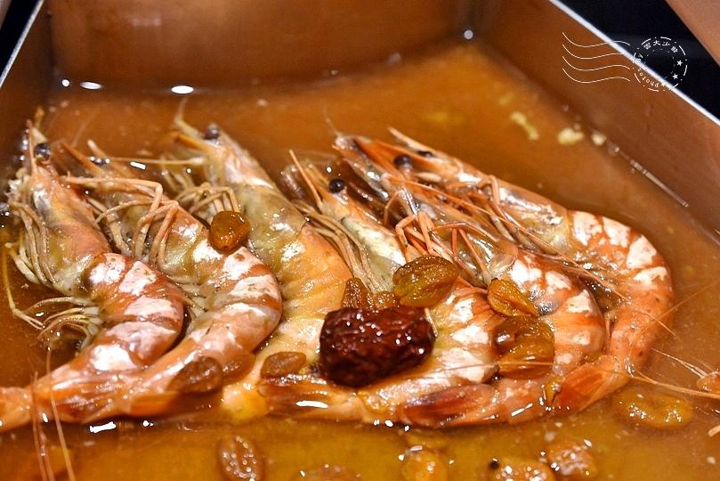 埔里四季蒸宴:紅棗枸杞鮮蝦