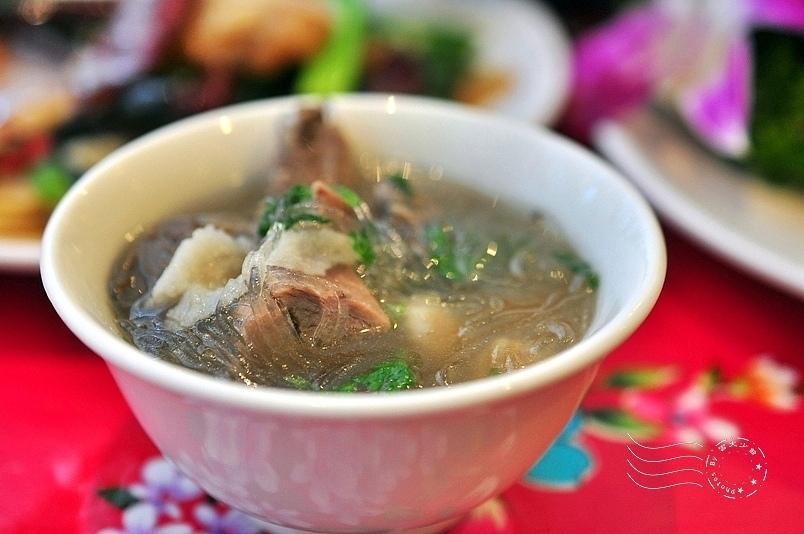 陝西秦味館:羊肉泡饃