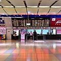 南港車站台鐵大廳