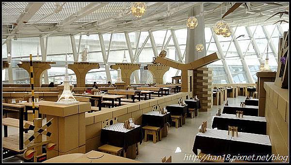 台中紙箱王火車餐廳 (9).jpg