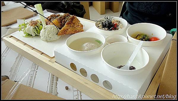 台中紙箱王火車餐廳 (41).jpg