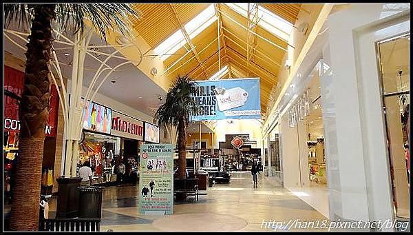 【美國】加州室內超好逛OUTLET~Ontario Mills (3)