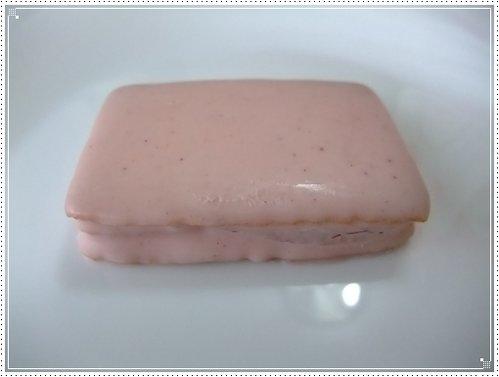 バラ科のお菓子 ローズ