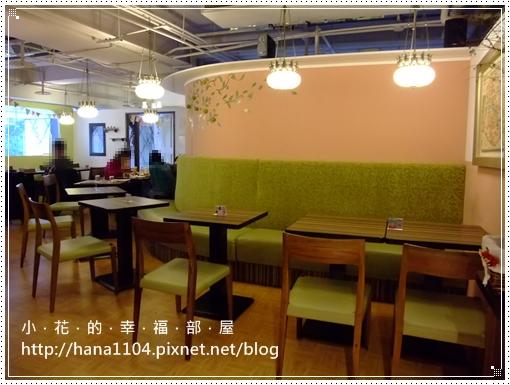 Hana CAFE MOMO店