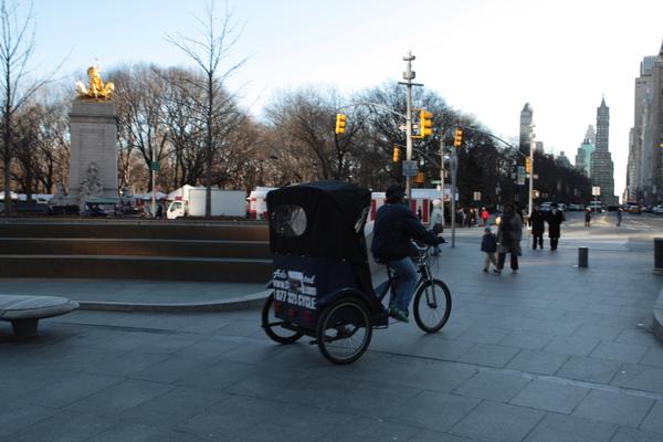 紐約曼哈頓到處都有人力腳踏車可搭乘