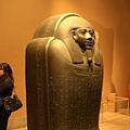 古埃及區-巨大的黑色石棺