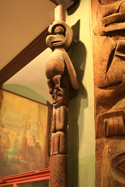 印地安文化區,木雕