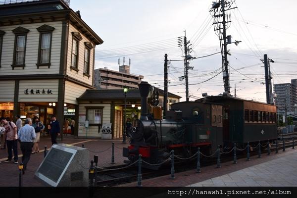松山_電車-6.jpg