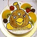 我很堅持要的炸彈鳥蛋糕~但是不太黑喔