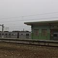 這就是安安所說紅色火車不會停的小屋頂
