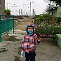安弟說:這是個花園的火車站