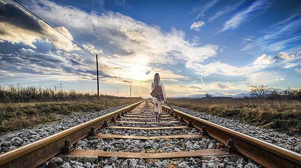 rail-2803725__340.jpg