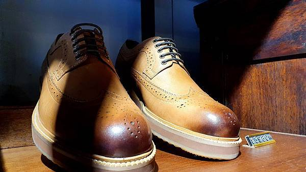 handkevinsome_ Vanger新款速穿皮鞋 (52)