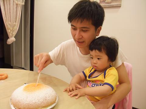 與爸比共度他第二個生日2