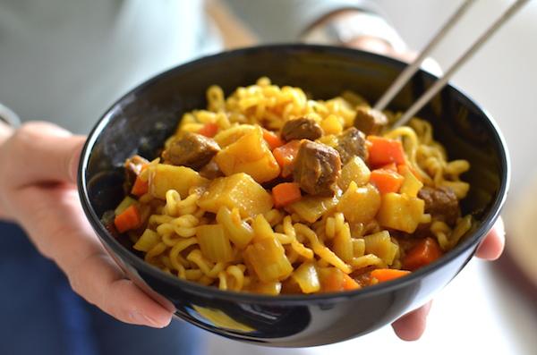 「食譜」 韓國代表家常菜咖哩。韓國清淨園咖哩女王 在全聯限定販售
